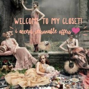 Hi There! Thanks for stopping by my closet!